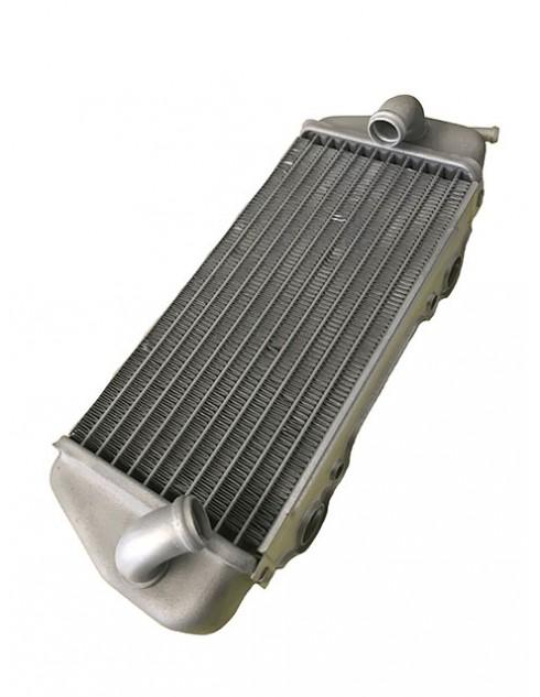 Radiatore sinistro x HM 50 ( nuova versione 2 attacchi telaio )